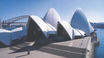 Photo by David Messent, courtesy of Jorn Utzon/Utzon Architects and the Pritzker Prize Committee